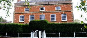 South House - B&B | Alpaccas | Chickens | Events